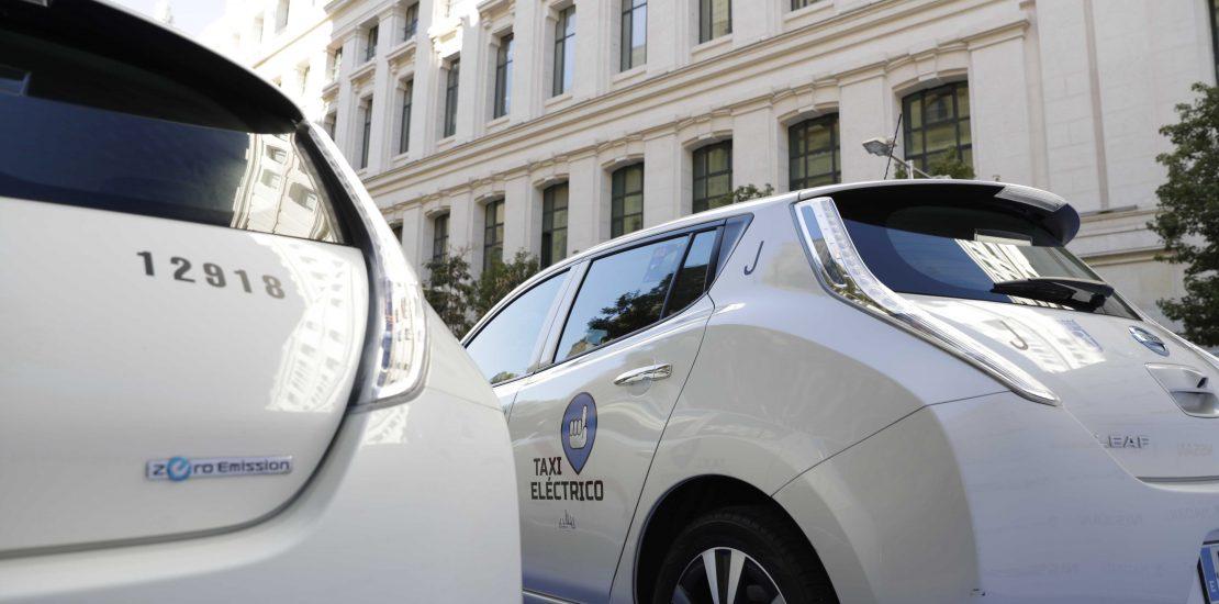 Taxes eléctricos con Movelco
