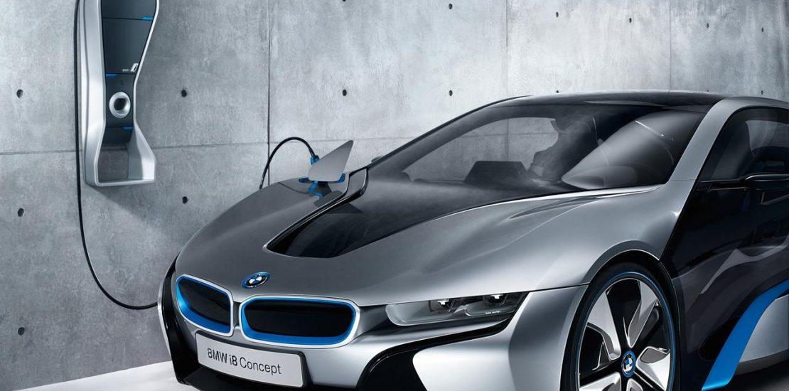 BMW i8 Concept cargándose