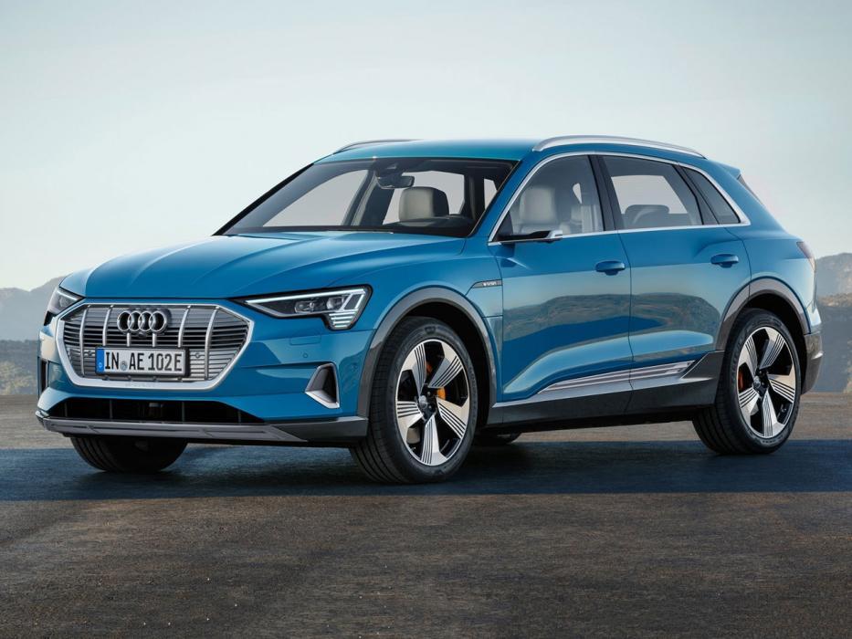 Audi-e-tron-2020-C01